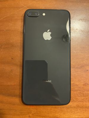iPhone 8 Plus 64Gb for Sale in Wilmington, NC