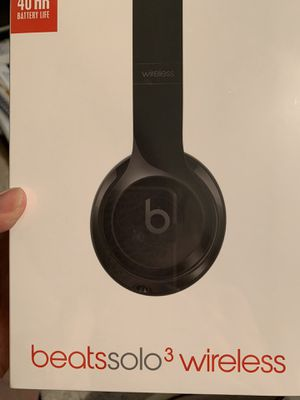 Beats Solo 3 Wireless headset for Sale in Bonney Lake, WA