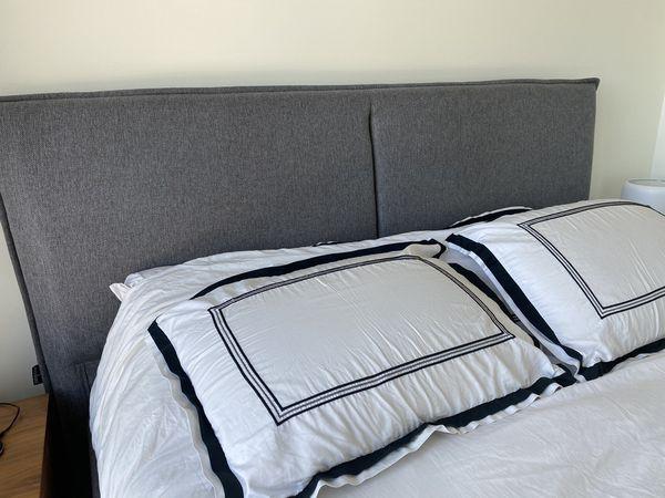 Beautiful Modani Bed + New Mattress BUNDLE