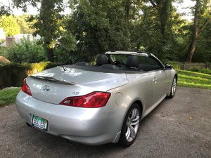 Infinit G37 convertible for Sale in Needham, MA