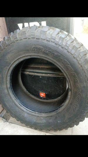 (1)255/75/17 BF GOODRICH TIRE for Sale in Riverside, CA