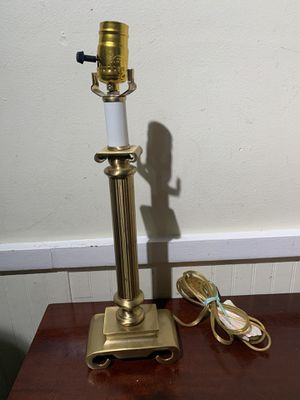 Vintage Cast Brass Lamp ( Heavy) for Sale in Gaithersburg, MD