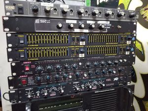 PRO AUDIO EQUIPMENT,AMPLIFIERS,EQ,S, SPEAKERS ETC for Sale in Chicago, IL