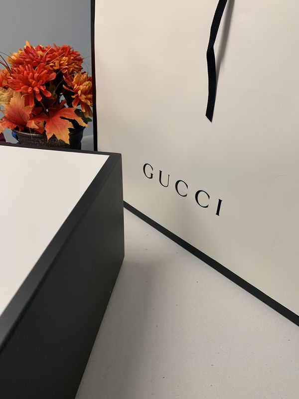 Empty gucci box & bag