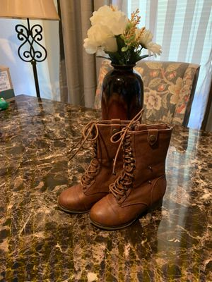 Size 10c girls boots in excellent condition for Sale in Elk Grove, CA