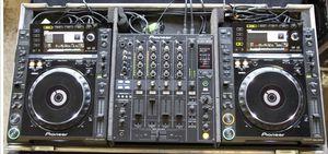 Pioneer CDJ 2000's DJM-800 Road Case for Sale in Seattle, WA
