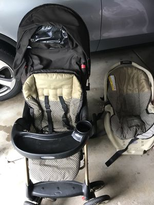 Car seat and stroller for Sale in Bartlett, IL