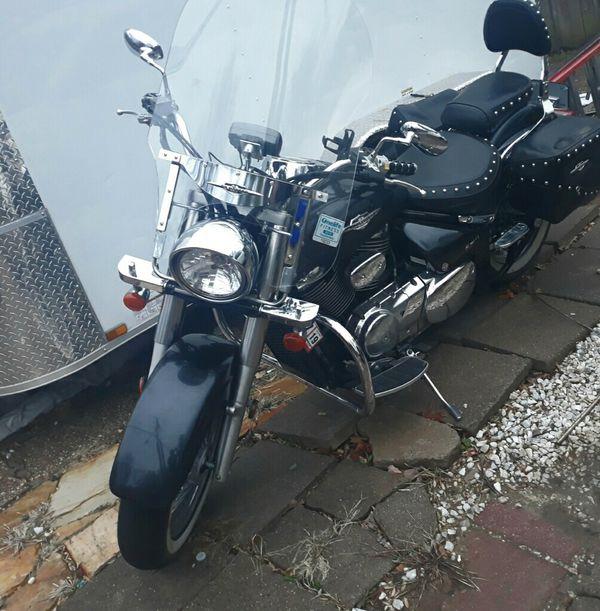 Motorcycle ( motocicleta Suzuki Boulevard 2008