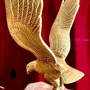 Beautiful bronze cast sculpture Eagle H10xW6xD6 inch Lbs 3.4 for Sale in Chandler, AZ