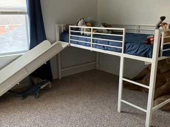 Junior Twin Loft Bed for Sale in Round Rock,  TX