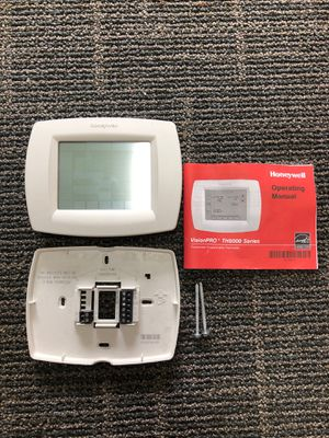 Honeywell Thermostat for Sale in Germantown, MD