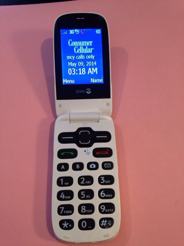Consumer Cellular Doro phone for Sale in Toledo, OH - OfferUp