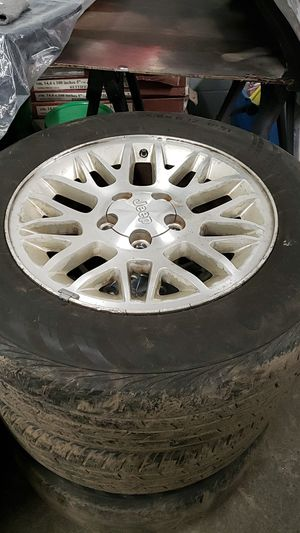 Jeep wheels 235/65/17 5x5 for Sale in Federal Way, WA