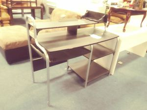 Small black computer table desk for Sale in Houston, TX