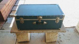 Seward Vintage Travel Case for Sale in Glendale, AZ