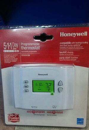 Honeywell programmable thermostat for Sale in Philadelphia, PA