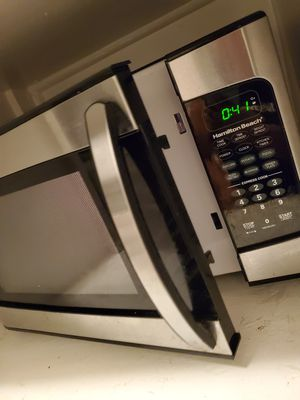 Hamilton Beach Microwave for Sale in Los Angeles, CA