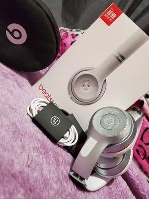 Beats solo3 wireless for Sale in Fresno, CA