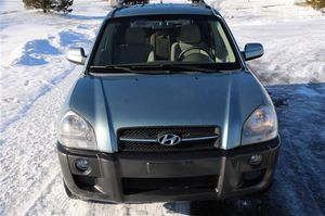 Ext / Int Color Alpine Frost with Beige Cloth Interior06 Hyundai Tucson for Sale in US