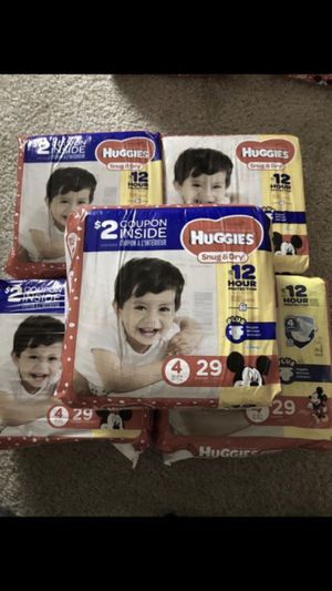 Huggies diapers size 4 for Sale in Bellevue, WA