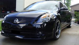 Nissan Altima 2007. V6 engine3.5 L.Tires like new. verything works on the car, all electric elements work, no issues. for Sale in Milwaukee, WI