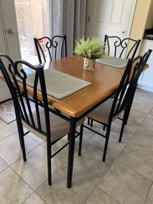 Kitchen Table and 4 Chairs for Sale in Phoenix, AZ