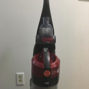 Hoover Wind tunnel 2 Vaccum Cleaner for Sale in Bellevue, WA