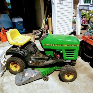 John Deere tractor stx38 for Sale in Orlando, FL