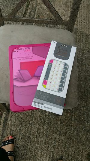 Apple devices case and keyboard protector for Sale in Humble, TX