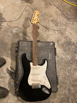 Fender squire 20th anniversary electric guitar for Sale in Tacoma, WA