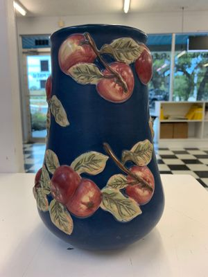 Longaberger Blue Vase with Red Apples Early Harvest for Sale in New Port Richey, FL