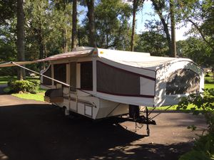 Near perfect Palomino filly pop up camper for Sale in Spring, TX
