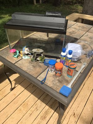 Fish tank in great condition!!nothing broken! for Sale in Charlotte, NC