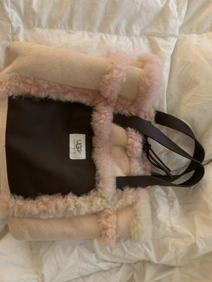 Women's Ugg bag for Sale in Washington, DC