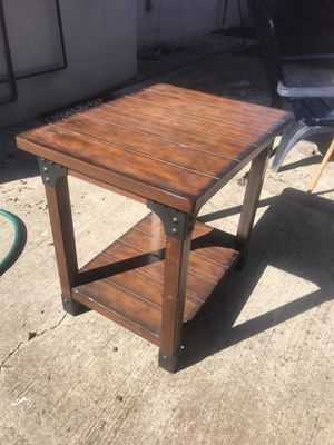 End Table for Sale in Redwood City, CA