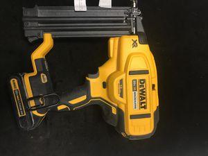 Dewalt nail gun 18 v for Sale in Pompano Beach, FL