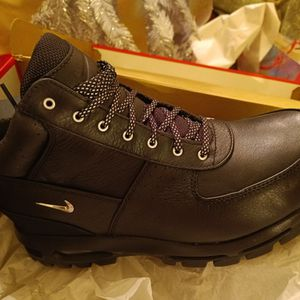 Gordoam Air Max Boots for Sale in Detroit, MI