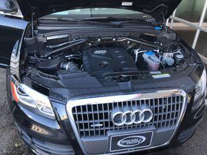 Audi Q5 2.0t premium plus suv for Sale in Miami, FL