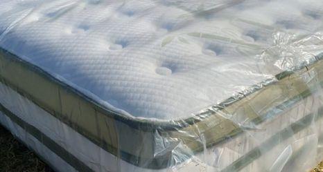 King Mattress Pillow Top Mattress Only $260 for Sale in Los Angeles,  CA