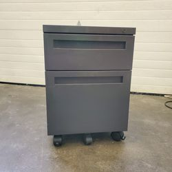 Rolling File Cabinet for Sale in Gaston,  OR