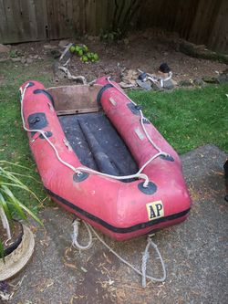 AMPAC 10' Inflatable Boat with Trolling Motor for Sale in Milwaukie,  OR