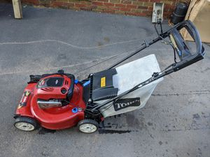Toro Recycler Lawn Mower for Sale in Secaucus, NJ