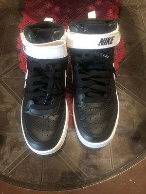 Nike size 7y for Sale in South Gate, CA
