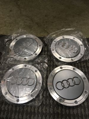 Genuine Audi set of center cap for Sale in Dearborn, MI