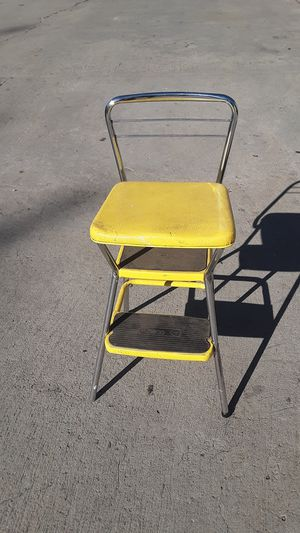 Vintage 50's Mid Modern rustic Cosco 3 Step Stool Kitchen seat Yellow Naugahyde for Sale in San Diego, CA