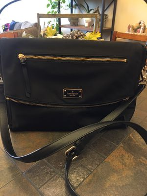 Kate Spade Crossbody Handbag for Sale in Wenatchee, WA