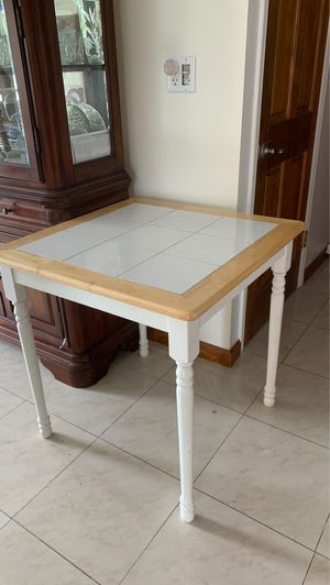 Tile top small kitchen table for Sale in Bellmore, NY