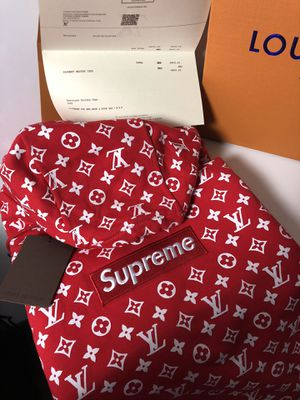 Louis Vuitton Supreme Hoodie for Sale in Chicago, IL