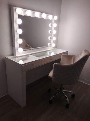 Vanity J for Sale in Saginaw, TX