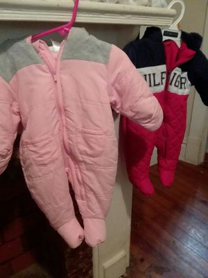 Baby snowsuits size 0-3 months for Sale in Parkersburg, WV